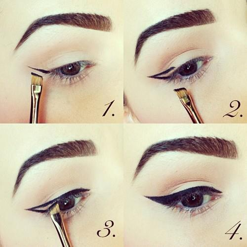 Pinup-eye-with-gel